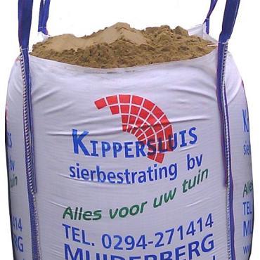Mini big bag zand / ophoogzand ca 0.5m3